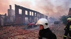 De vuurwerkramp van Enschede behoort tot de meest dure rampen van deze eeuw in ons land. De catastrofe die de wijk Roombeek in Enschede op 13 mei 2000 compleet in de as legde kostte 65 miljoen euro en staat daarmee op plek 4 in de top 10 van nationale rampen.