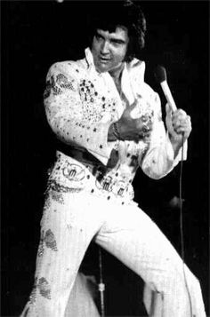 Elvis in concert in Mobile in june 20 1973.