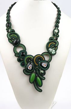 Soutache Necklace / Rostov finift by BeadsRainbow on Etsy https://www.etsy.com/listing/247418043/soutache-necklace-rostov-finift