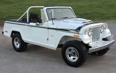1971 Jeep  Jeepster Commando http://blog.hemmings.com/index.php/2015/05/28/hemmings-find-of-the-day-1971-jeepster-commando-sc-1/