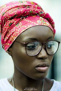 ruzruz:    WOW…  purpwashere:    cocoa nigeria  portraitof @LovexFola  photo by me