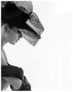 jean-shrimpton-photographed-by-david-bailey-1963.jpg 827×1,046 pixels