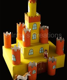Inna's Creations: Make a cardboard castle using discarded boxes and toilet paper rolls (toilet paper roll crafts rocket) Cardboard Box Castle, Toy Castle, Cardboard Toys, Cardboard Playhouse, Cardboard Furniture, Crafts With Cardboard, Model Castle, Kids Crafts, Projects For Kids