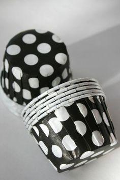 Polka dot cupcake cups