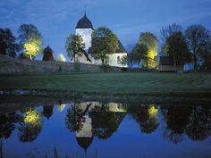 Image detail for -... Bir kilise, İsveç - Church at Night, Sweden – Yeni Ansiklopedi