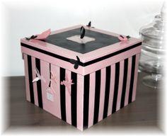Boite à bijoux carrée ~ Décoration chic et glamour ~ Rangement chambre rose et noire