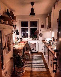 bohemian home accessories Heimzubehr Modern Bohemian Kitchen Designs Küchen Design, Home Design, Interior Design, Design Ideas, Interior Architecture, Casa Hipster, Farmhouse Windows, Farmhouse Interior, Coastal Interior