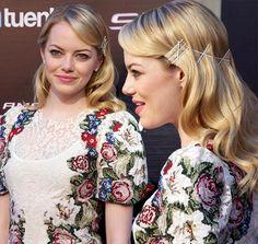Stylish Bobby Pinned Hairstyles: Emma Stone  #hairstyles #bobbypins