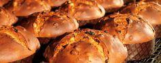 O VERDADEIRO PANETONE ITALIANO com fermento natural a moda italiana (lievito madre) Receita por Miguel Winge Panetone é um pão doce tradicional italiano enriquecido com ingredientes de primeira, or…