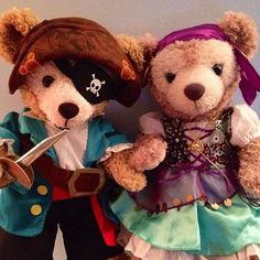 Duffy and ShellieMay go pirates! Arrr! by @duffybear17