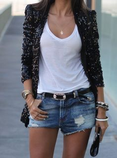 Love this outfit. 49 Perfect Casual Style Outfits Every Girl Should Keep – Casual Fashion Trends[. Short Outfits, Casual Outfits, Cute Outfits, Casual Shorts, Mode Style, Style Me, Simple Style, Denim And Diamonds, Look Blazer
