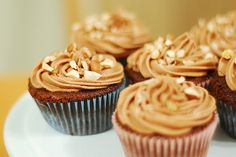 Chocolate hazelnut cupcakes with nutella filling