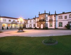 Requena (Valencia) Spain, Mansions, Beautiful, House Styles, Home, World, Valencia Spain, Paths, Castles