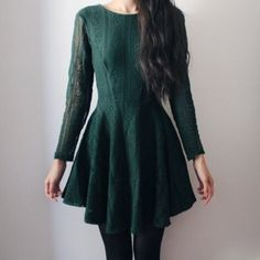 will somebody PLEASE help me find this dress!!!!!! ive been searching for it online for a few days now and i cant find ANYTHING. im going to re-download the hunt app but i rlly need help finding it