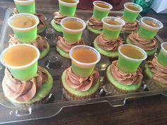Caramel Apple Cupcakes with ciroc apple caramel jello shots Liquor Cupcakes, Drunken Cupcakes, Alcohol Infused Cupcakes, Alcoholic Cupcakes, Liquor Cake, Alcohol Cake, Alcoholic Desserts, Sweet Cupcakes, Cupcake Recipes