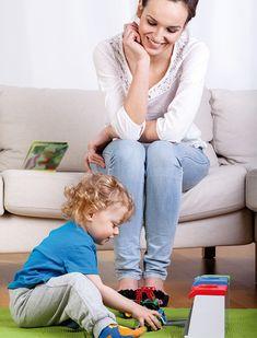 Agréées et expérimentées, nos babysitter peuvent prendre en charge la garde de vos tout-petits pendant votre absence.  http://dieppe.axeoservices.fr/particulier/nounou/offre/baby-sitting/