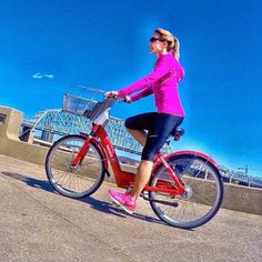 It's not always about getting from point A to point B. @jennammchugh used her day pass to get some exercise. #cincyredbike #springincincy