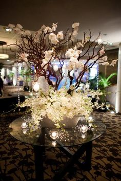 Crystal tree at the entrance of the wedding.