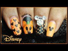 Disney Halloween Nails, Holloween Nails, Halloween Acrylic Nails, Fall Acrylic Nails, Halloween Nail Designs, Fall Nail Art, Mickey Halloween, Autumn Nails, Minnie Mouse Nails