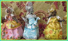 esculturas em biscuit com altura entre 22 a 26cm. Na compra de dois ou mais orixas o preço promocional é de rs90,00 a unidade. R$ 90,00