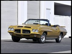 1971 Pontiac GTO Judge Convertible muscle classic muscle classic g Convertible, Pontiac Cars, Pontiac Judge, Pontiac Lemans, Car Man Cave, American Muscle Cars, General Motors, Amazing Cars, Awesome
