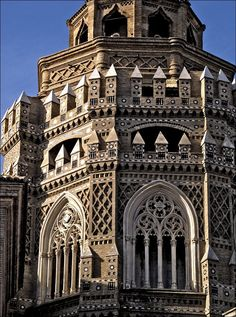 Catedrál del Salvador (commonly called La Seo) in Zaragoza, Spain, built over a former Moorish mosque. -- Photo by by VICMAEL.  Excellent example of Mudéjar Architecture [http://whc.unesco.org/en/list/378].