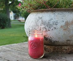 A candle that is good inside or outside your home and helps bugs and mosquitoes away! Take this Natural Rosemary and Sage Mosquito Repellent Candle and you will surely love its use. Growing Spinach, Candle Jars, Candles, Ball Mason Jars, Square Foot Gardening, Insect Repellent, Seed Starting, Gardening For Beginners
