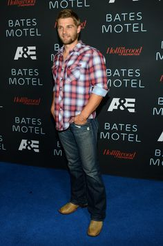 Mike Vogel Photos Photos - Arrivals at the 'Bates Motel' Comic-Con Party - Zimbio