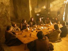 imagine just sitting with the Lord at the last supper 最後の晩餐 Pictures Of Jesus Christ, Religious Pictures, Bible Pictures, Religious Art, In Remembrance Of Me, Christian Artwork, Christ Is Risen, Life Of Christ, Jesus Art