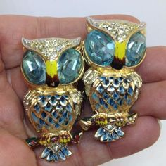 Vintage Rare Signed Coro Duet Pegasus Owl Brooch Fur Clips Blue Enamel Rhinestones