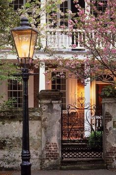 An Old Brick and Stucco House in the Springtime, Charleston, South Carolina Beautiful Homes, Beautiful Places, Beautiful Buildings, Charleston Homes, Charleston Gardens, Stucco Homes, Charleston South Carolina, Carolina Usa, Old Bricks