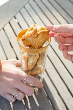saccottini di pasta sfoglia con nutella e banana