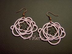 Val's Simple Passions: Free Form Tatting with Doodad