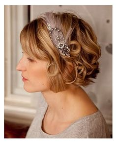 vintage wedding hairstyles for short hair-- this website is stupid. Love this hair though!