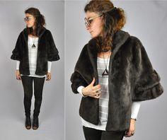Vintage Dark Brown Faux Fur Cape Capelet Stole by ItaLaVintage