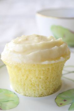 Cloud-like Lemon Cupcakes by letslivelavida #Cupcakes #Lemon
