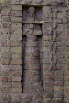 Berlin, Pergamonmuseum, Teil der Fassade des Inanna-Tempels des Kara-indasch aus Uruk (part of the front of Kara-indasch's Inanna Temple of Uruk)