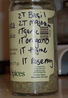 Make your own Italian spice blend. I wrote the recipe on the jar so I have it handy when I run out. Make your own Italian spice blend. I wrote the recipe on the jar so I have it handy when I run out. Homemade Dry Mixes, Homemade Spices, Homemade Seasonings, Spice Blends, Spice Mixes, Chutneys, Do It Yourself Food, Italian Spices, Italian Cooking