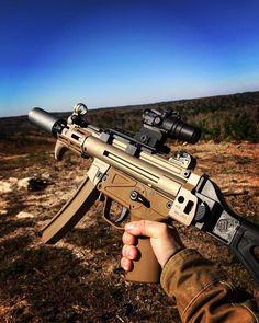 Submachine Gun, Military Guns, Shooting Range, Cool Guns, Assault Rifle, Guns And Ammo, Rifles, Tactical Gear, Airsoft