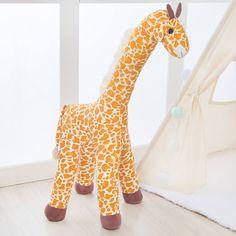 Quarto de bebê com girafas: 10 formas de incluir o animal na decoração