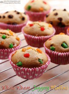 Eggless Whole Wheat Jaggery Muffins Recipe - Sharmis Passions Homemade Cake Recipes, Homemade Vanilla, Cupcake Recipes, Dessert Recipes, Eggless Desserts, Eggless Baking, Baking Cupcakes, Cupcake Cakes, Vanilla Cupcakes