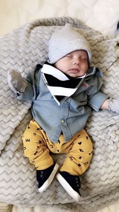 1376 Best Baby Fashion images in 2019 Baby Boy Swag, Cute Baby Boy, Baby Kind, Cute Baby Clothes, Cute Babies, Baby Boy Hats, Baby Outfits, Little Boy Outfits, Stylish Baby