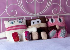 I prefer to make gifts for my kids for Christmas. I usually make pajamas, clothes and a toy. Last year I made each of my kids a Pajama Eater to go with their new pajamas. I used the pattern by Sew Fearless and loved it. I didn't make any of them exactly like the pattern....Read More »