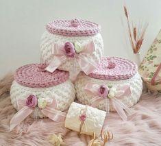 Фото Handmade World. - Her Crochet Diy Crochet Basket, Crochet Box, Crochet Basket Pattern, Knit Basket, Crochet Gifts, Crochet Yarn, Knitting Yarn, Crochet Flowers, Holiday Crochet Patterns