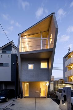 Casa H is located in the east side of Kanagawa prefecture in Yokohama city, which is situated on the east side of Tokyo in a residential area. The project is...