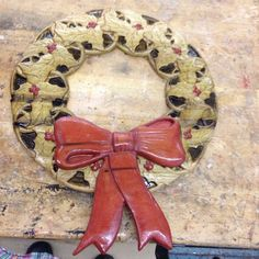 Finished wreath and bow