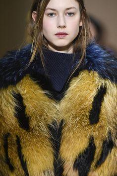 Agnona at Milan Fashion Week Fall 2017 - Details Runway Photos Fur Clothing, Milan Fashion Weeks, Up Styles, Fur Coat, Runway, Hairstyle, Textiles, Spring, Fall
