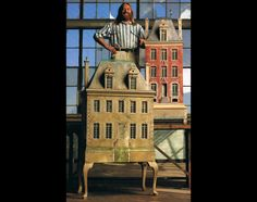 Eric Lands downs dollhouse