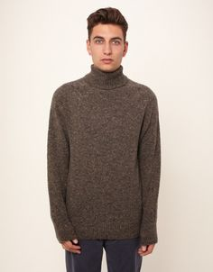 Long Sleeve Roll Neck (brown)