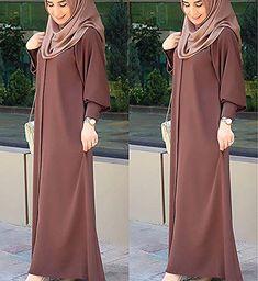 Warna ok Coklat nya spt ini Hijab Style Dress, Hijab Chic, New Abaya Style, Muslim Women Fashion, Islamic Fashion, Abaya Fashion, Fashion Dresses, Estilo Abaya, Abaya Mode